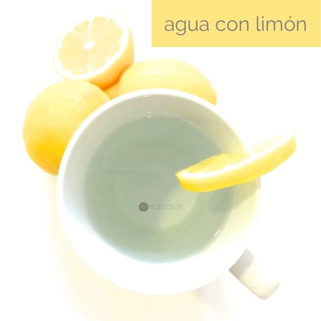 nutri-coach-health-helen-agua-con-limón