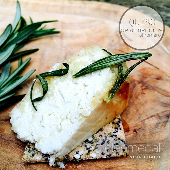 queso-de-almendras-al-romero-helen-medal-nutricoach-2-2